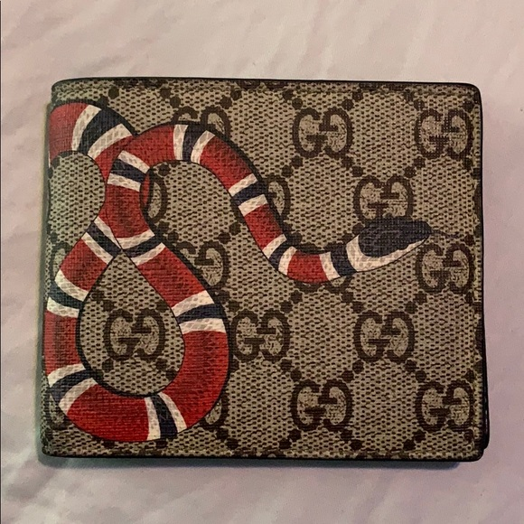 372386fd2de2 Gucci Accessories | Kingsnake Print Gg Supreme Wallet | Poshmark